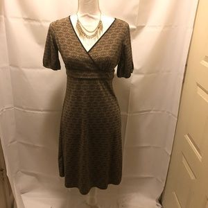 NWT LOFT multi print Dress with gathered sleeves